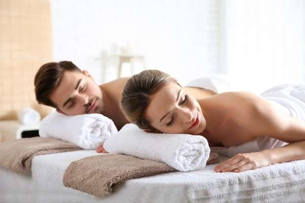 Massaggio di coppia: Idee regalo compleanno a Taormina