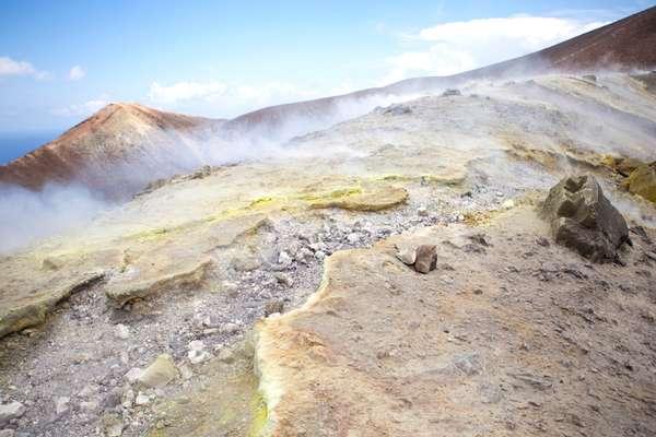 vapori sulfurei Vulcano Sicilia